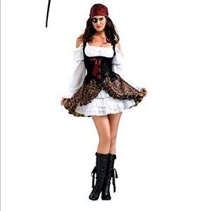 Buccaneer Babe Costume